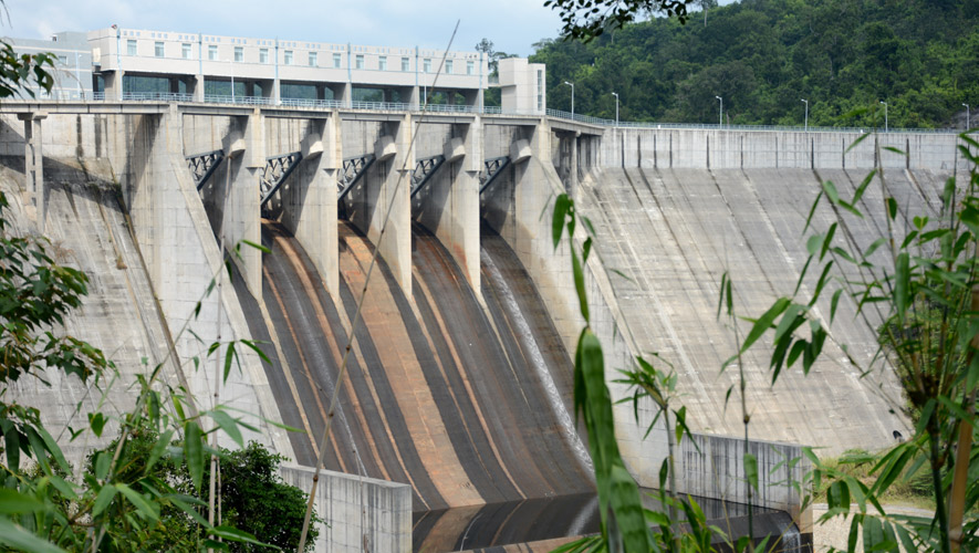 Kamchay hydro-electric dam in Kampot Photo: KT